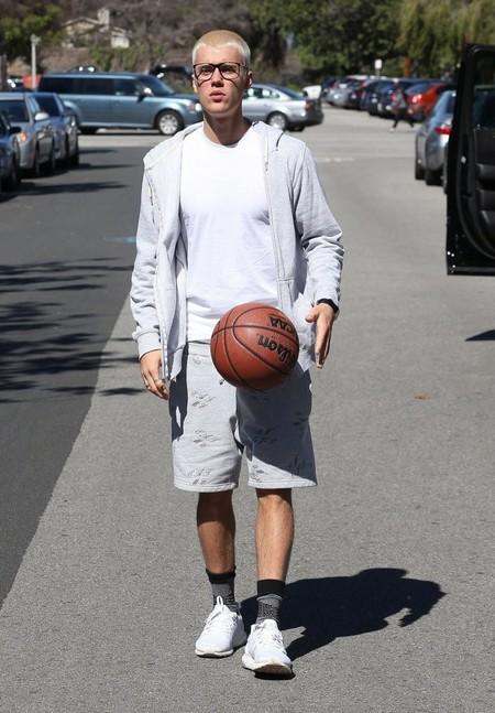 Nueve Veces En Las Que Justin Bieber Hizo Que Los Shorts De Basquetbol Fueran Cool 07
