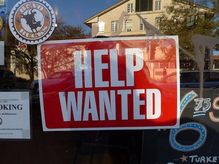 Medidas para promover el empleo juvenil ¿buenas ideas?