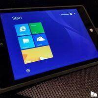 Así era la Surface Mini que Microsoft canceló: no tenía sentido una tablet pequeña entre tanto teléfono grande