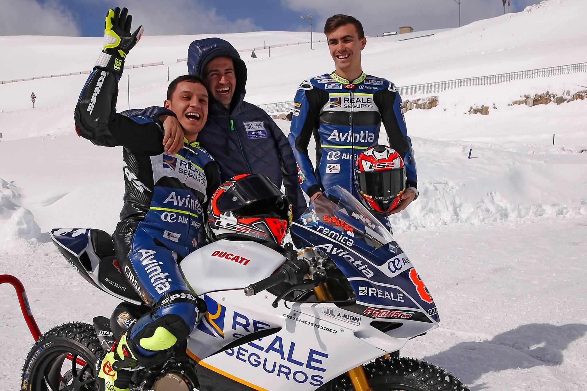 Foto de Presentación Reale Avintia Racing MotoGP 2017 (22/28)