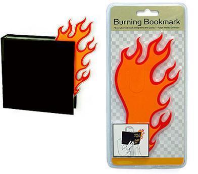 Marcador de libros en llamas