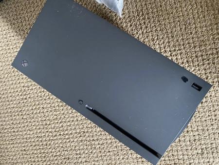 Estas son las primeras fotos del prototipo de la Xbox Series X según una filtración