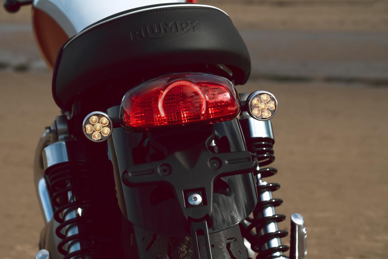 Foto de Triumph Bonneville T100 Bud Ekins 2020 (20/23)
