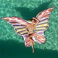 Tiene forma de mariposa, lo firma Missoni y seguro que invadirá Instagram: os presentamos el hinchable más chic del verano