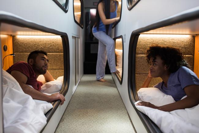 El 'moving hotel' que cambiará tu forma de ver los viajes en autobús