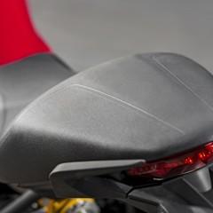 Foto 81 de 115 de la galería ducati-monster-821-en-accion-y-estudio en Motorpasion Moto