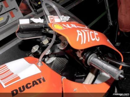 Ducati GP9 y su chasis de carbono