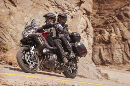 Kawasaki Versys 1000 S 2021 1
