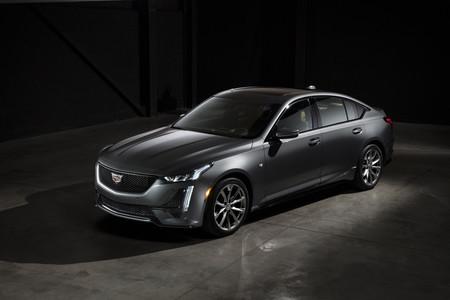 Este es el aspecto del Cadillac CT5: la nueva berlina de la marca ya está lista para el Salón de Nueva York