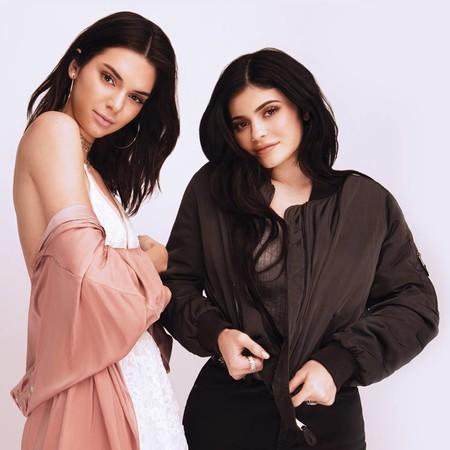 El 'brilli brilli' domina la colección de bolsos de Kendall y Kylie Jenner para Carpisa