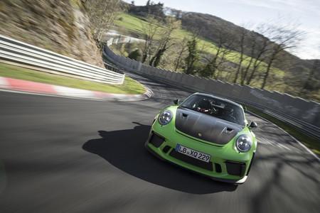 Así es como los ingenieros de Corvette ayudaron al Porsche 911 GT3 RS a marcar su tiempo récord en Nürburgring