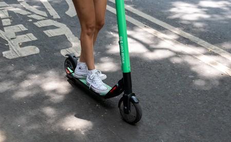 Nuevas reglas, nuevos permisos y un fallecido ¿qué está pasando con los scooters y bicicletas compartidas en Ciudad de México?