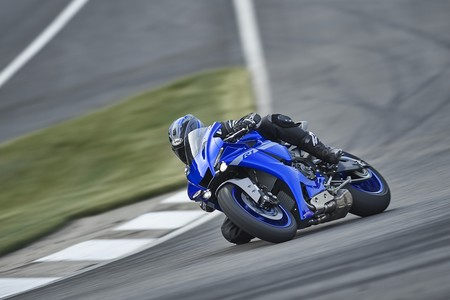 Yamaha Yzf R1 2020 007