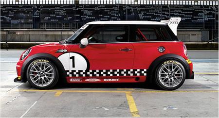 MINI Challenge España 2009, las carreras y el coche