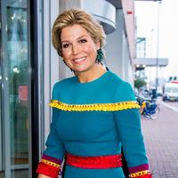 Así es el vestido más colorido y original de Máxima de Holanda con el que ha vuelto a sorprender a todos sus seguidores