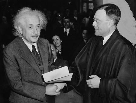 Albert Einstein 62931 1920