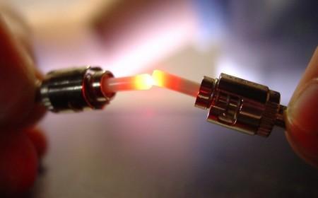 Google Fiber y sus contradictorias normas para bloquear los servidores caseros