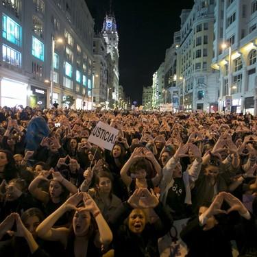 Huelga del 8 de marzo: dos mujeres nos aclaran punto por punto por qué están a favor o en contra