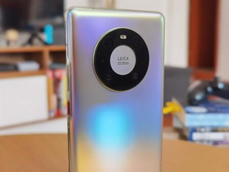 """Huawei planea vender sus líneas P y Mate, según Reuters: la compañía responde que """"está comprometida con su negocio de smartphones"""""""