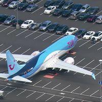 Boeing está empezando a usar su estacionamiento de empleados para aparcar los aviones 737 MAX que no pueden volar