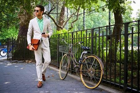 Street Style beige suit