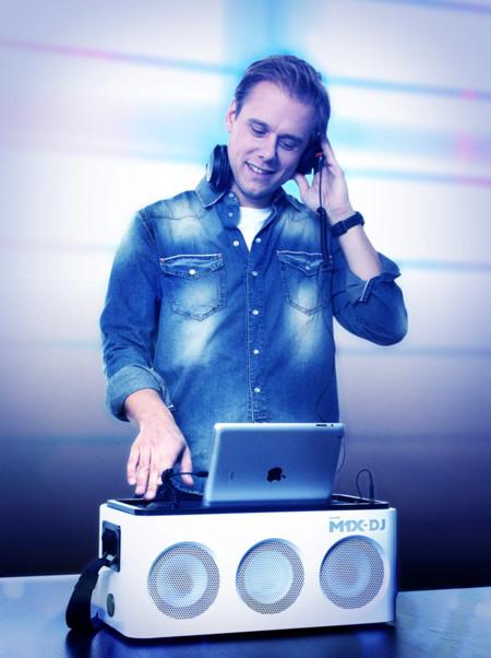 Armin van Buuren M1X-DJ Philips