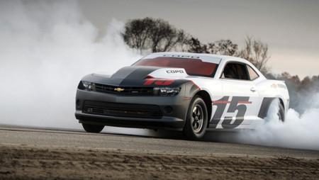 """2015 Chevrolet COPO Camaro, carne de """"dragstrip"""""""