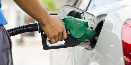 Cargar gasolina