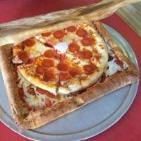 Una caja de pizza hecha de pizza, ya existe, aunque no lo creas