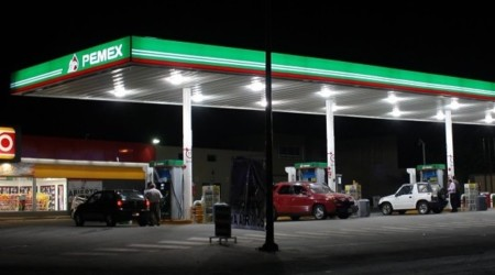 Cárcel y multas cuantiosas para las gasolineras que vendan litros incompletos ¿eso será suficiente para acabar con el delito?