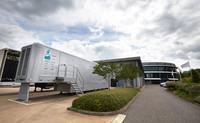 Descubriendo Brackley, la sede de Mercedes AMG F1: Race Bay e inspección
