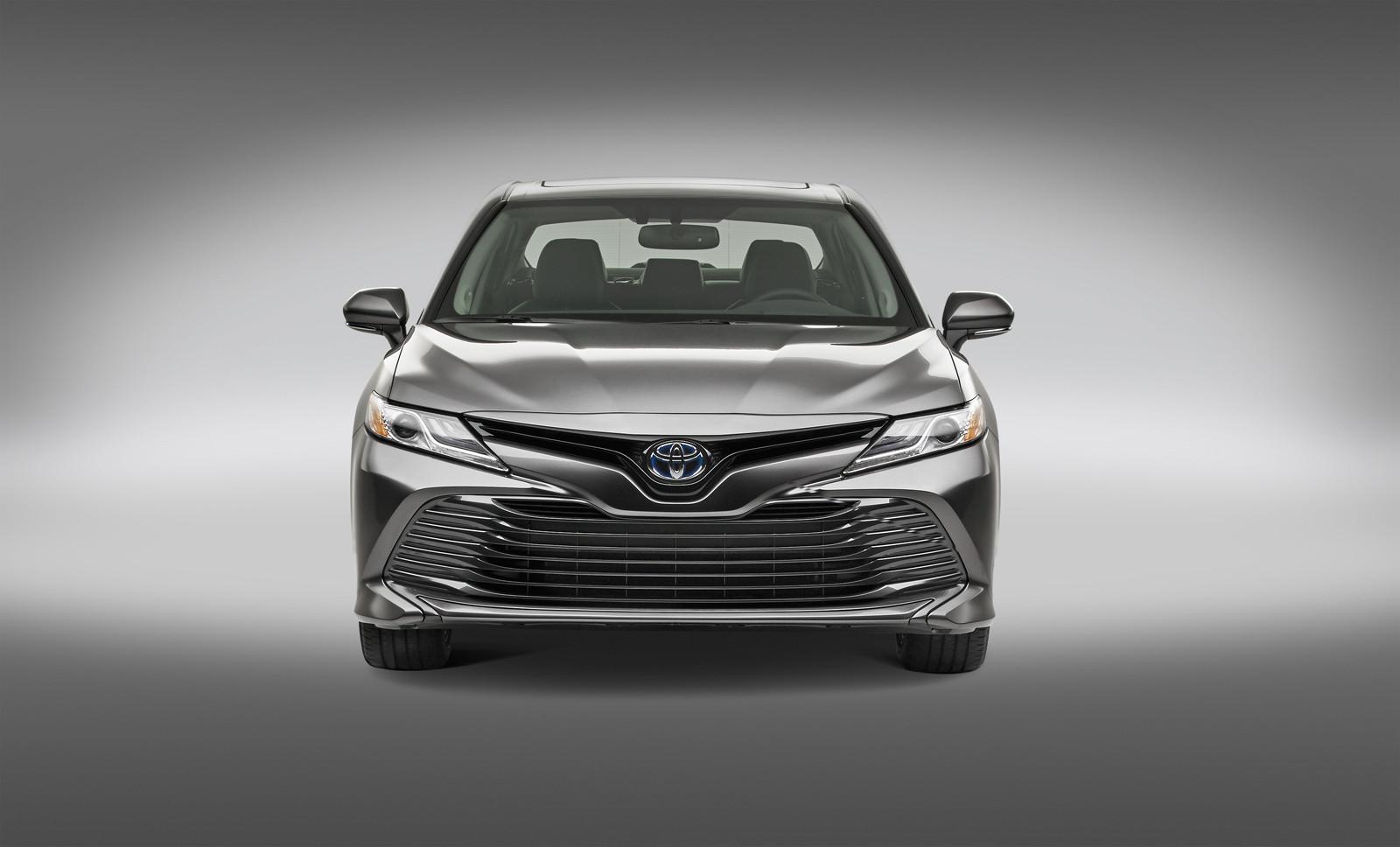 Foto de Toyota Camry Hybrid (8/12)