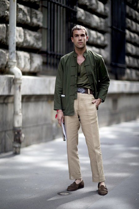 Cómo combinar los pantalones chinos para no cansarte nunca de ellos