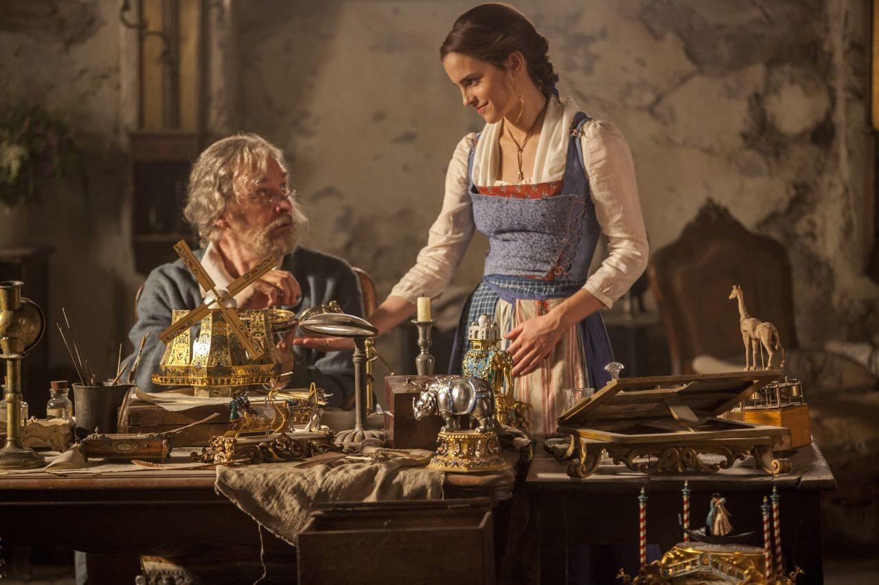 Foto de 'La bella y la bestia', imágenes oficiales de los protagonistas del remake (3/9)