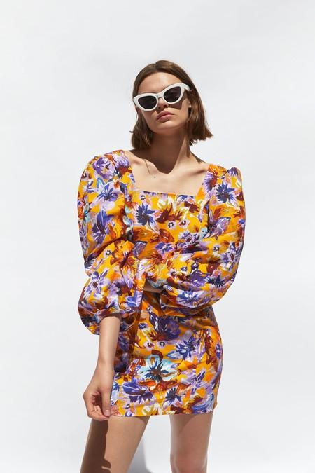 Zara Estampado Floral 10