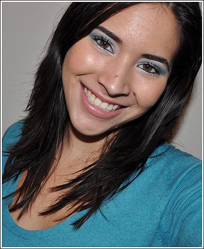 Foto de Look de fiesta, ojos en azul y plata (1/2)