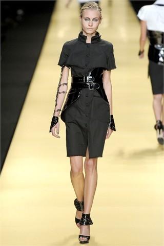 Foto de Karl Lagerfeld en la Semana de la Moda de París Primavera-Verano 2009 (12/32)