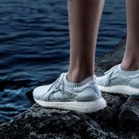 Unas zapatillas hechas con plástico reciclado y una carrera solidaria: Adidas y Runtastic se suman al Run for the oceans