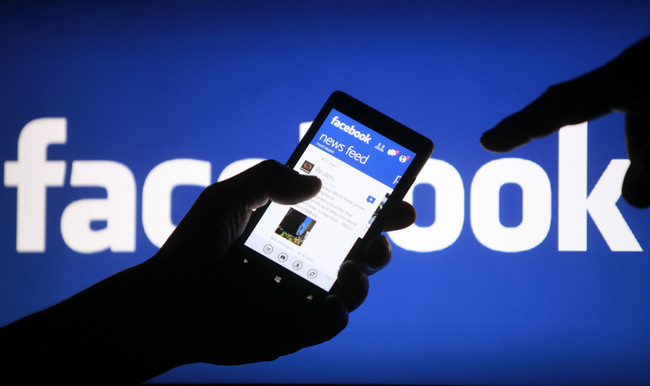 Sí, Facebook quiere ganar dinero con anuncios, y eso no quiere decir que estafe a nadie