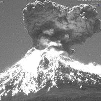 Así de impresionante se vio, y escuchó, la explosión del volcán Popocatépetl