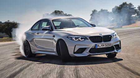 Los anuncios de coches imaginan mundos de Fast & Furious. Y podrían glorificar conductas temerarias