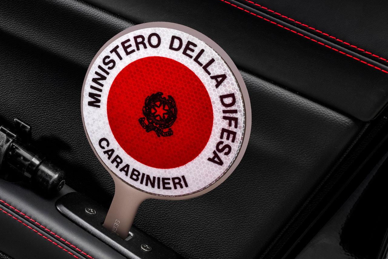 Foto de Alfa Romeo Giulia QV Carabinieri (21/32)