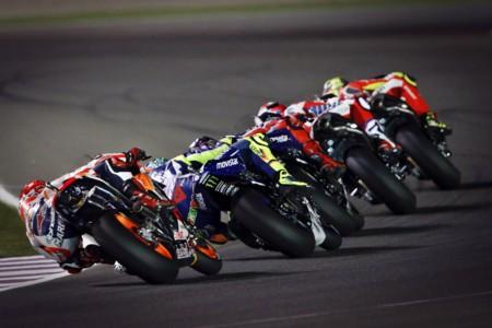 Valentino Rossi, Dani Pedrosa y Andrea Iannone. La cara B de los tres equipos punteros