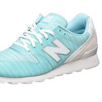 Tenemos  las zapatillas New Balance Wr996 en azul claro desde 40,67 euros con envío gratis en Amazon
