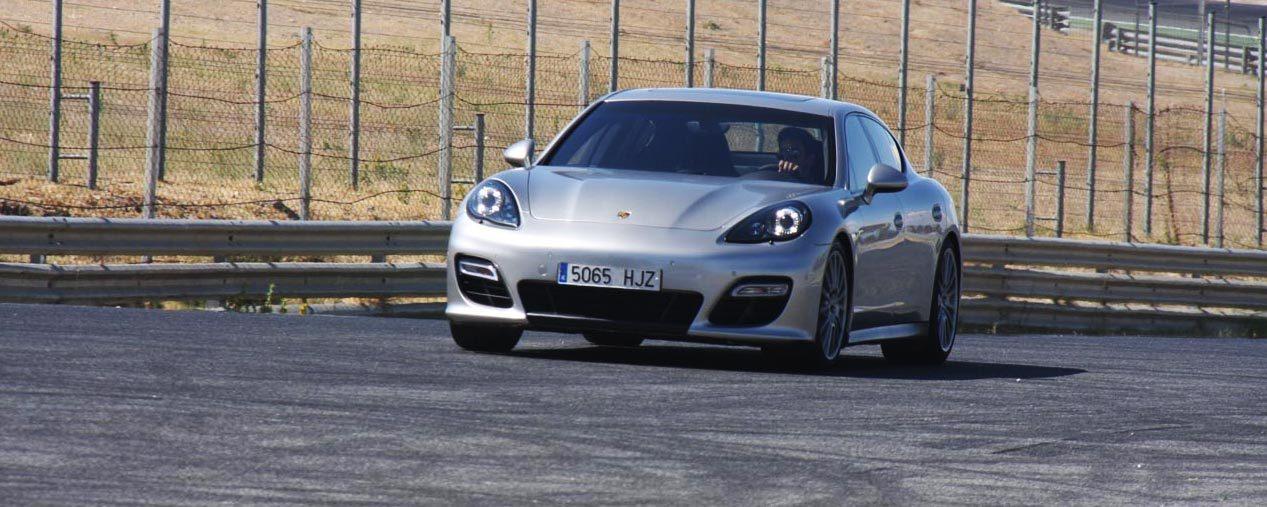 Foto de Porsche Panamera GTS (Prueba) (68/135)