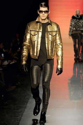 Foto de Jean Paul Gaultier Otoño-Invierno 2011/2012 en la Semana de la Moda de Paris (40/40)