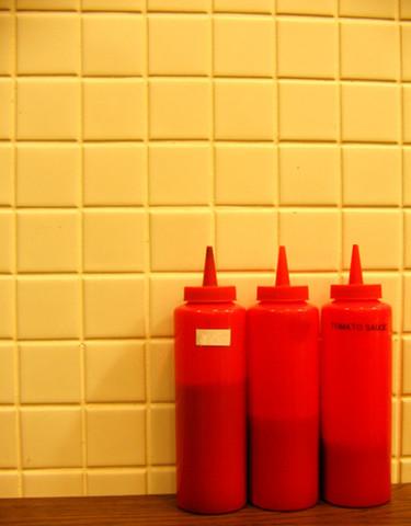 Limpiar la plata ¡con ketchup!