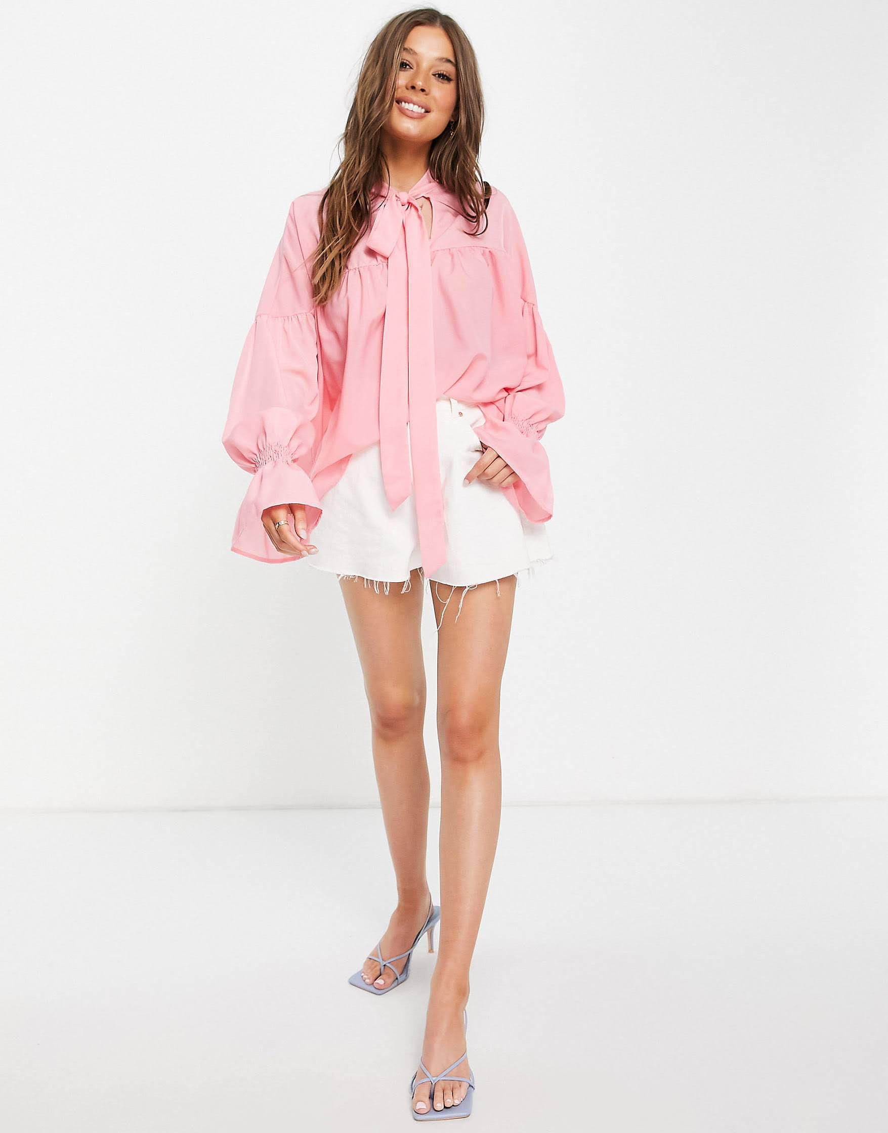 Blusa rosa extragrande con detalle de lazo de In The Style x Lorna Luxe