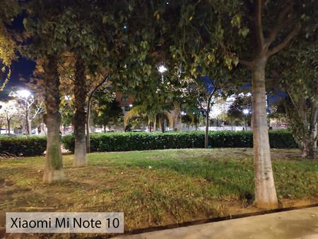 Xiaomi Mi Note 10 Auto Noche 01