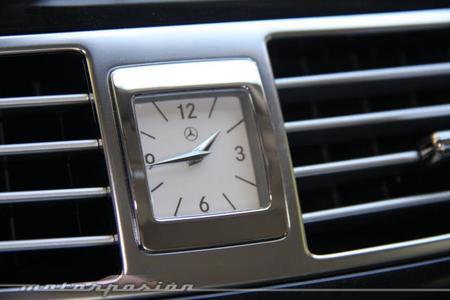 ¡Por fin! El reloj de agujas de Mercedes-Benz puede tener los días contados